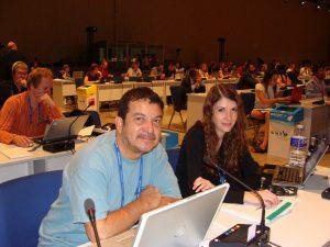 Randall Arauz de PRETOMA y Rebecca Regnery de HSI defendieron las mociones