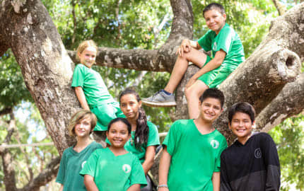 Kids from the School, Futuro Verde, collected funds for CREMA